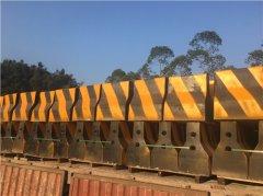 水泥防撞墩的安装规则以及损坏现象